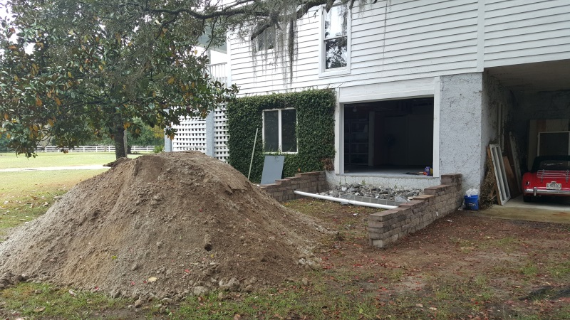 I Moved The Fill To Create A Ramp Into The Garage. Eventually Weu0027re Going  To Have A Concrete Tabby Ramp Put In.